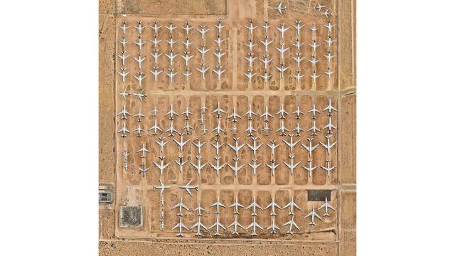 El Aeropuerto del Sur de California.