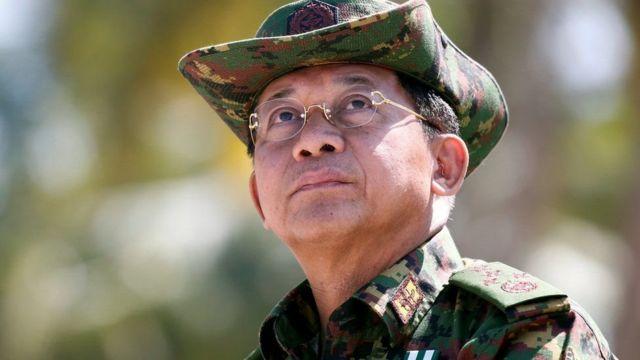 میانمار کے فوجی سربراہ مِن اونگ ہلینگ اب اقتدار آچکے ہیں