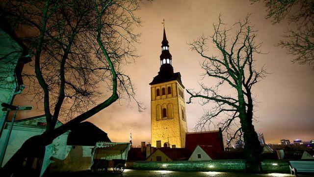 Эстония стала первой страной, подвергшейся кибератаке.