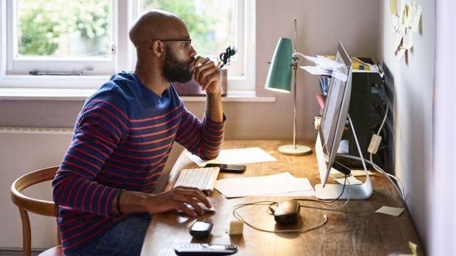 عزلة العمل من المنزل قد تكون صعبة بالنسبة للبعض