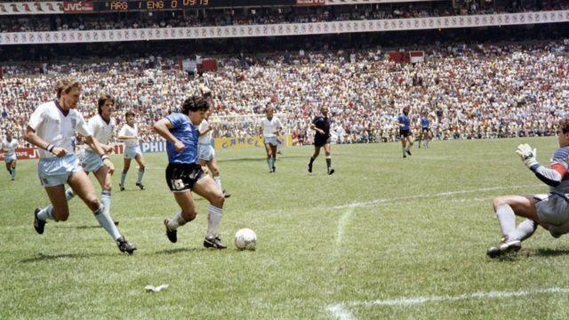 Segundo gol de Maradona contra Inglaterra en México 1986