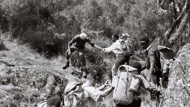 பார்வையிழந்த ஏழு பேரின் மலைக்க வைக்கும் 'மலை பயண' கனவு