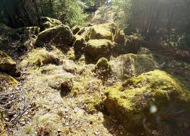 Boulders at treasure site