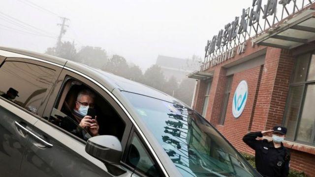 A missão da OMS também visitou o Instituto de Virologia de Wuhan como parte de sua pesquisa