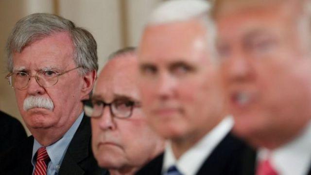 جان بولتون بر سر سیاست آمریکا در قبال ایران و همین طور مذاکره با طالبان با دونالد تراپ اختلاف نظر داشت