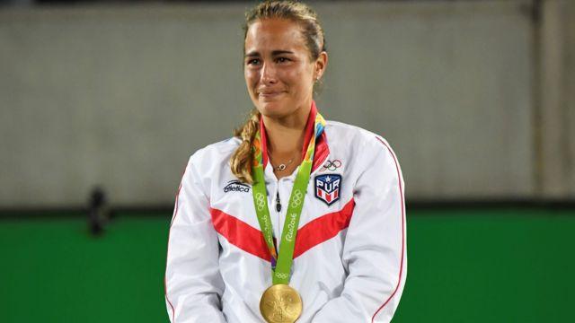 Monica Puig tras recibir la medalla de oro
