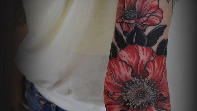 Japanese artist's beautiful macabre tattoos