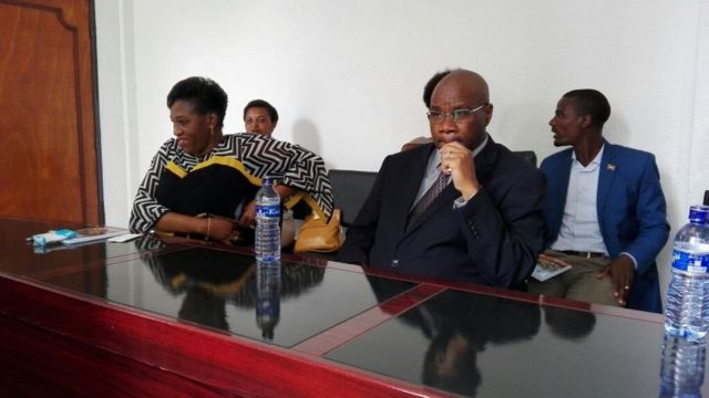 Bamwe mu bagize umurwi CVR- Clotilde Niragira(ibibamfu) Laurent Kavakure(iburyo)