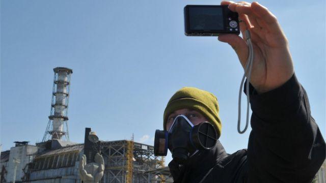 """Selfie"" junto al reactor, en 2011"
