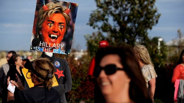 Митинг против Хиллари Клинтон