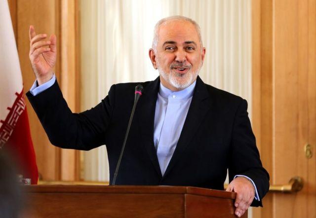 جواد ظريف في مؤتمر صحفي في طهران قبل أيام