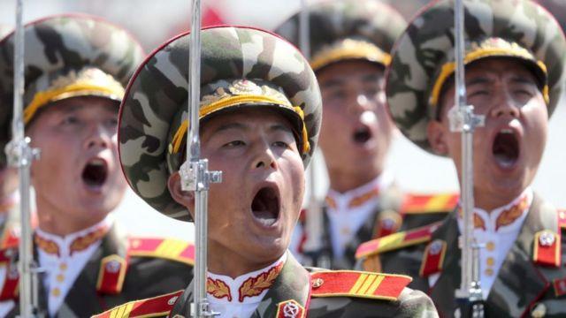 통일부에 따르면 북한은 그동안 9·9절마다 통상적인 기념행사로 열병식과 중앙보고대회, 금수산 궁전 참배, 각종 경축공연 및 연회를 진행했다