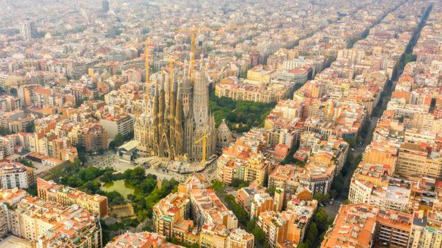 Barcelona ve the Sagrada Familia Katedrali.