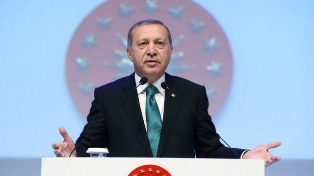 Erdogan foi criticado por feministas