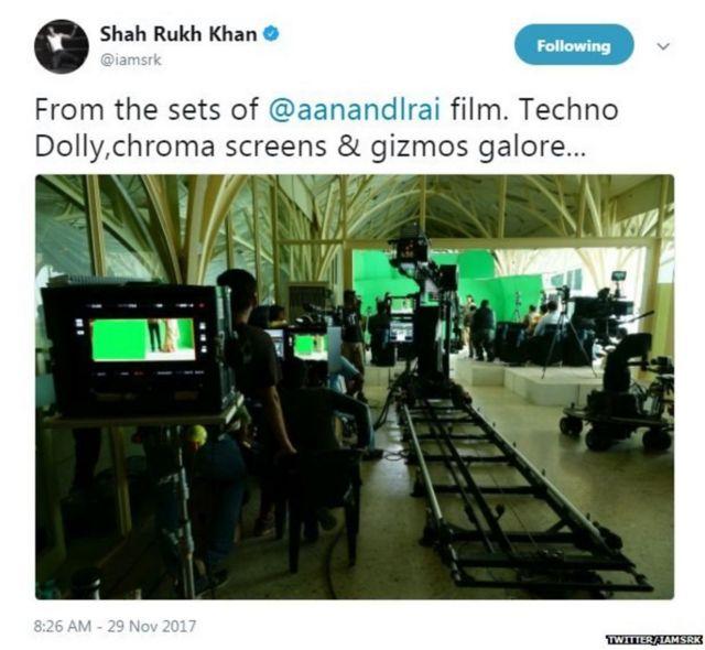 ફિલ્મના શૂટિંગ વખતના ફોટોગ્રાફ સાથેની શાહરુખની ટ્વીટ