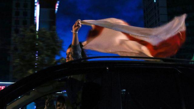 Участница акции протеста в Минске 11 августа