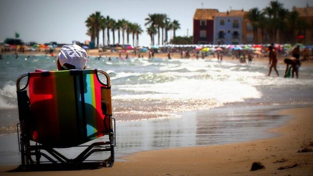 Escena de playa.