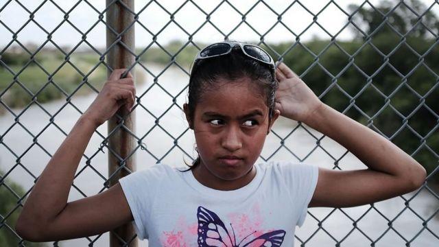Niña inmigrante