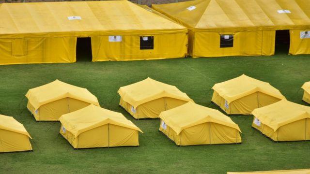Vista aérea de un campamento para migrantes venezolanos en Bogotá, Colombia.