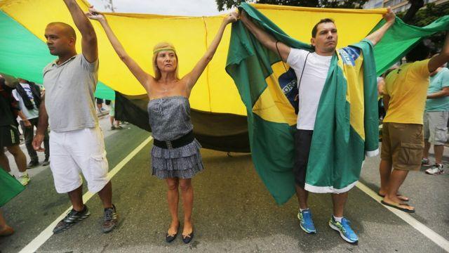 محتجون في البرازيل