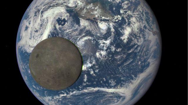 ماه و زمین