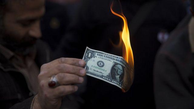 Несмотря на усилия Трампа, доллар в огне не горит и в воде не тонет