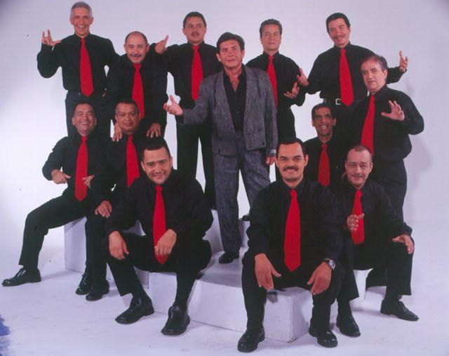Rodolfo Aicardi and the band Tipica RA7