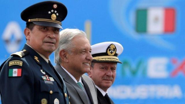 Luis Sandoval, López Obrador y José Rafael Ojeda