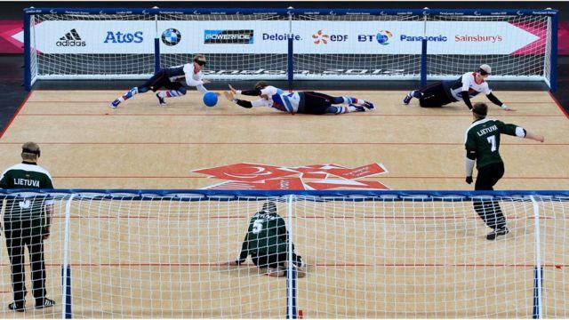 O goalball é um esporte exclusivo da Paralimpíada