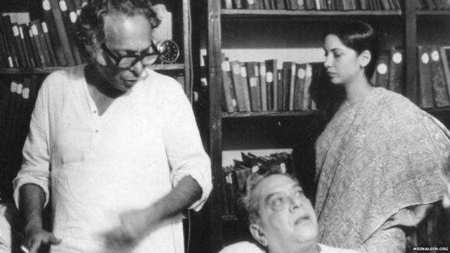 मृणाल सेन(बाएं), श्रीराम लग्गू और शबाना आजमी