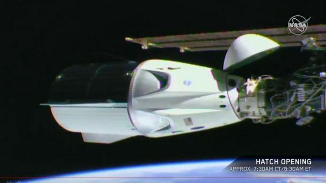El módulo Dragon acoplado a la Estación Espacial Internacional