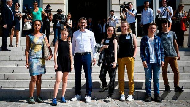 Greta Thunberg speech: French MPs boycott teen 'apocalypse guru'