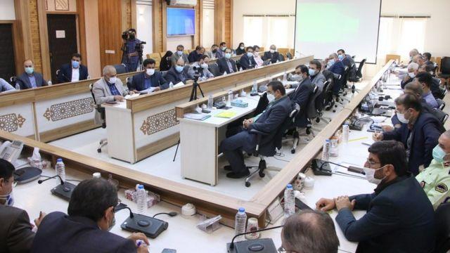 روز جمعه در جلسه ستاد بحران استانداری خوزستان برخی مقامها، کشاورزان شلتوککار را مجرم خواندند.