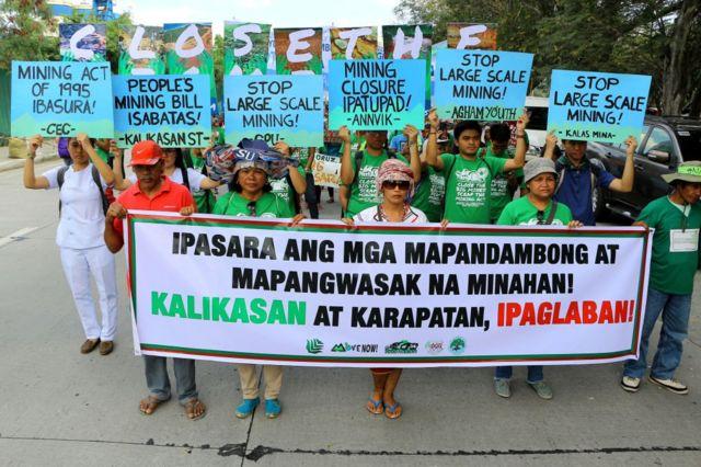 Activistas protestan en Filipinas contra la minería