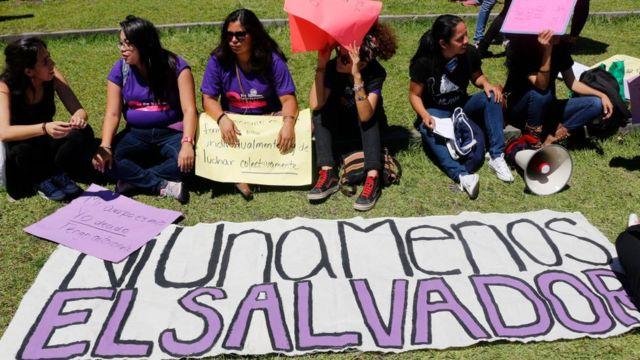 Una protesta el pasado 8 de marzo en El Salvador a favor de los derechos de la mujer.
