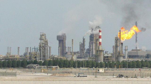 Katar'da bir petrol rafinerisi