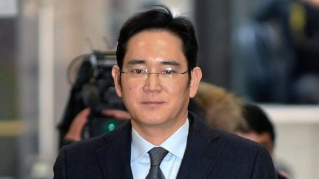 Lee Jae-yong arrives at the independent prosecutor's office