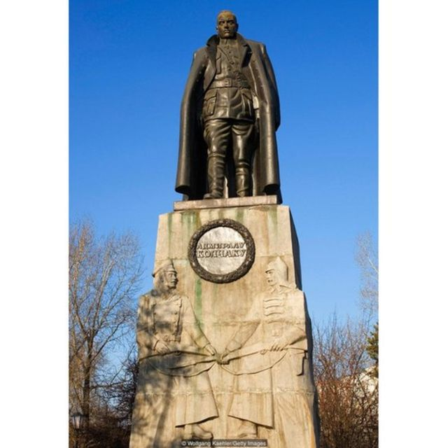 White Forces general Alexander Kolchak, long portrayed as an enemy of the state, is now honoured with a statue in Irkutsk