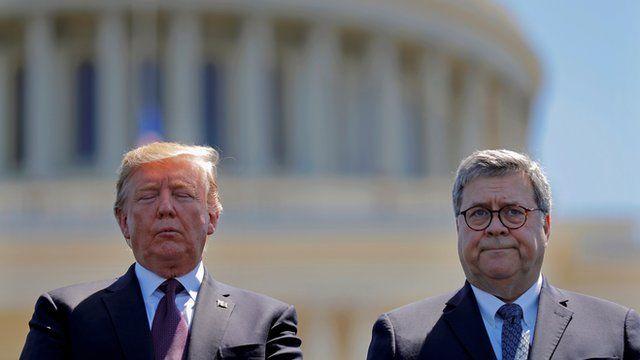 آقای ترامپ از آقای بار ناراضی بود که پیش از انتخابات اعلام نکرده بود که درباره پسر جو بایدن تحقیقات در جریان است