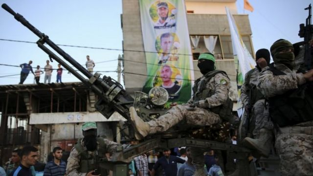 Members of Hamas' Izzedine al-Qassam Brigades in Rafah refugee camp in Gaza (Aug 2016)