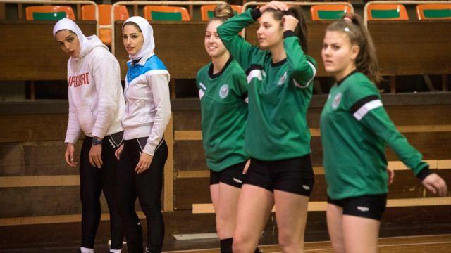 والیبالیستهای زن ایران