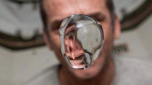 Agua en la ISS.