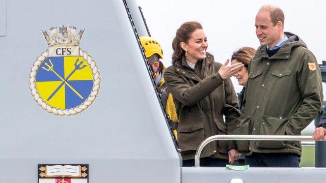 Герцог и герцогиня Кемботджские на приливной электростанции