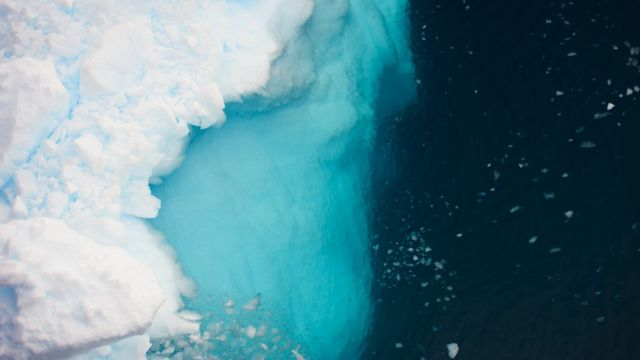 Satellites saw rapid Greenland ice loss
