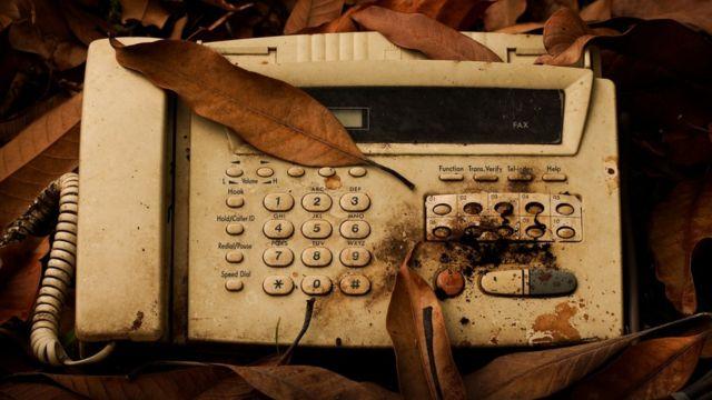 Máquina velha de fax