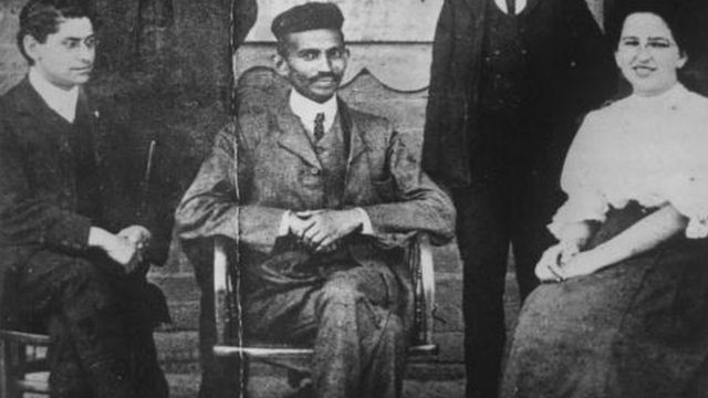 Mahatma Qandi Afrikada
