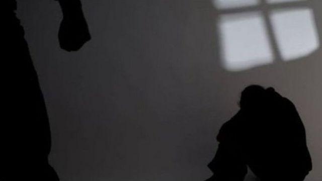 """Биз атайлап каралоо иши жүрүп жататбы деп ойлоп турабыз"""", - дейт Аталган мекеменин жетекчи орун басары Амирбек Султанмуратов."""