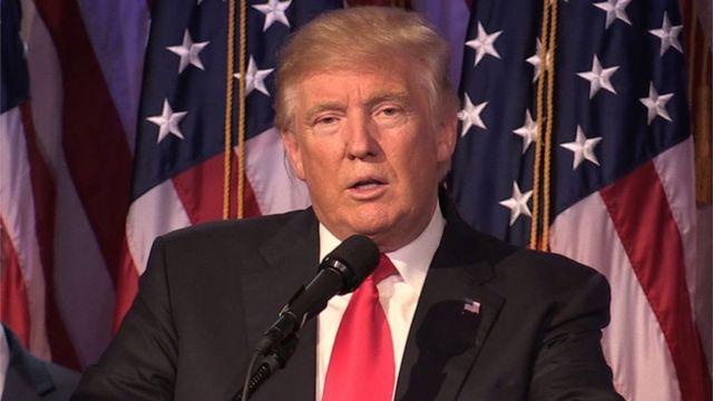 """قال ترامب إن الشركات يجب أن """"تحذر قبل أن تقوم بأي خطأ باهظ التكاليف"""""""