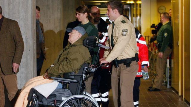 Дем'янюк помер у притулку для літніх людей у Баварії у березні 2012 року