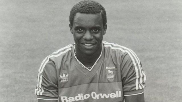 Atkinson futbol kariyerine 1980'lerde Ipswich'te başlamıştı